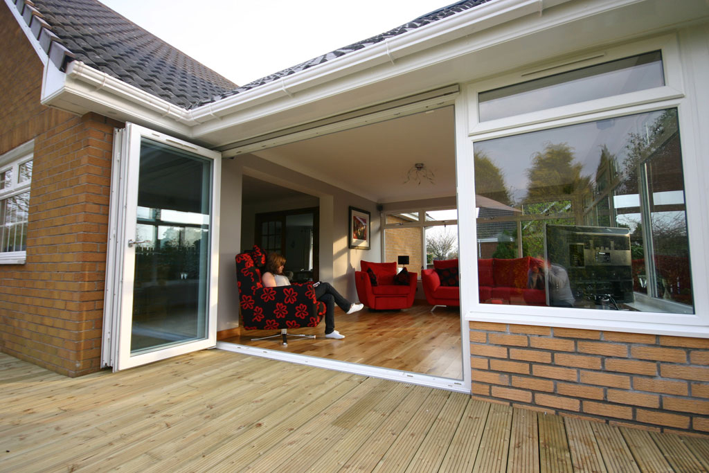 Three Pane Trifold Folding Sliding Bifold Doors Made From Liniar