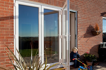 Aluminium White Folding Sliding Stock Bifold Door 8 Ft