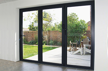 Aluminium Black Folding Sliding Stock Bifold Door 9 Ft